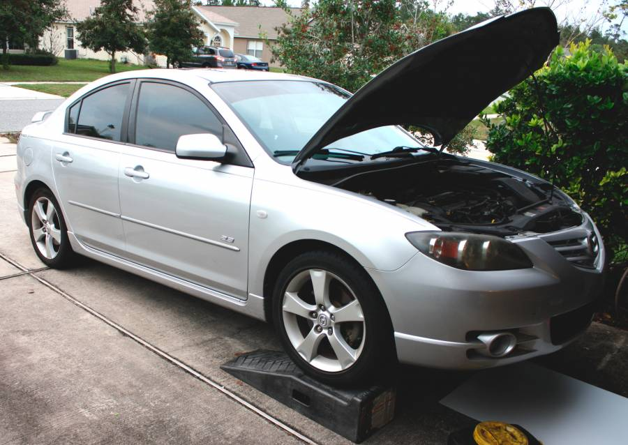 Changing the Oil on a Mazda 3 2 3L