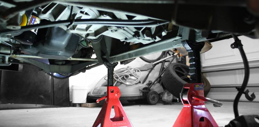 Image 2247 from Locating the Correct Lift Points on a Lotus Elise