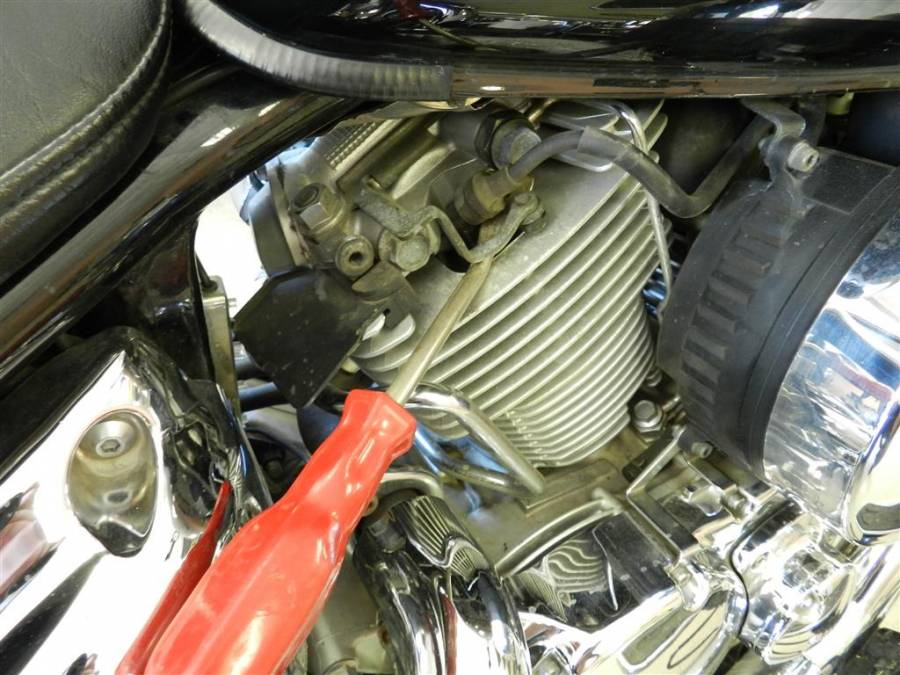Change The Spark Plugs On A Yamaha V Star 1100