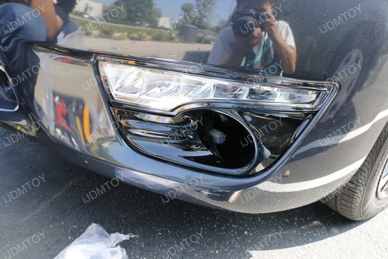 Image 3770 from Install LED Daytime Running Lights/turn Signal Lamps on a Nissan Altima