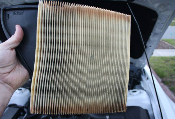 Image 4272 from Replace the Air Filter on a 3.7 V6 Ford Mustang