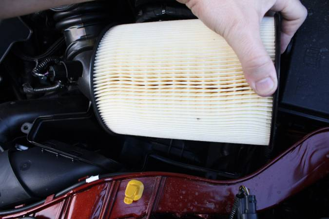 Image 4320 from Change the Air Filter on a Ford Escape Ecoboost