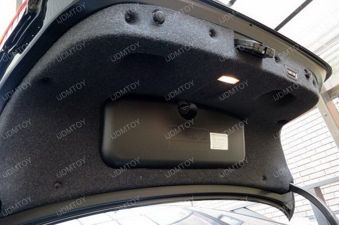 Image 4779 from Install the LED Reverse Lights on a BMW