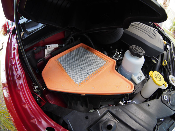 Image 5086 from Replace the Air Filter on a Dodge Grand Caravan