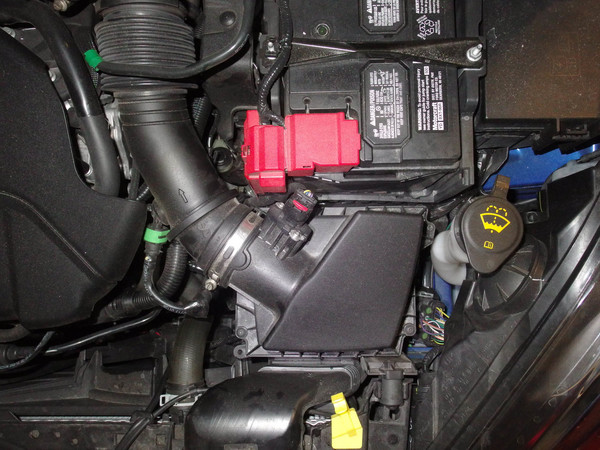 Image 6000 from Replace the Air Filter on a 2014 Ford Fiesta ST