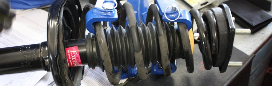 329 Replace Struts On A 2000 2007 Toyota Highlander