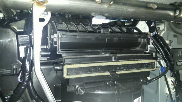 Image 6889 from Change the Cabin Air Filter on a Mazda CX-5