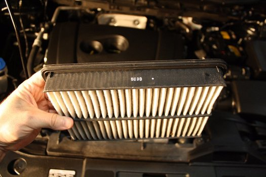 Image 6898 from Change the Engine Air Filter on a Mazda CX-5
