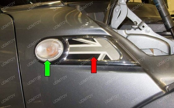 Image 6907 from Install the iJDMTOY LED Side Markers on a 2006-2014 Mini Cooper