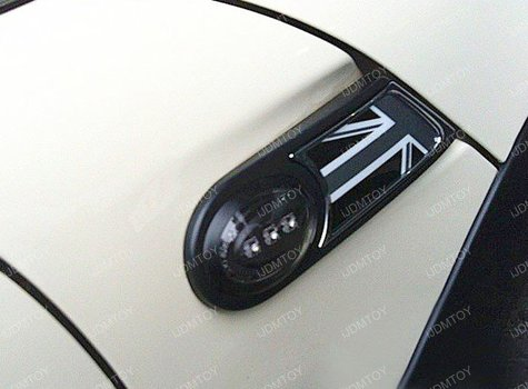 Image 6902 from Install the iJDMTOY LED Side Markers on a 2006-2014 Mini Cooper