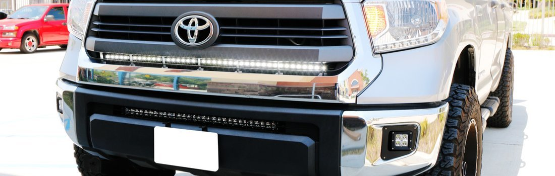 Install the iJDMTOY Truck Lights