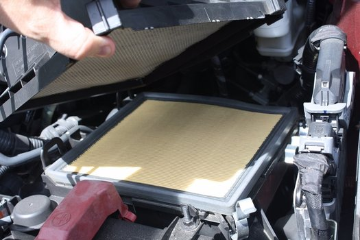 Image 7296 from Change the Engine Air Filter on a 2012-2017 Toyota Avalon