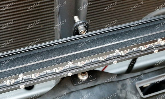 Image 7398 from Install the iJDMTOY LED Light Bar on a 2014-up Toyota Tundra