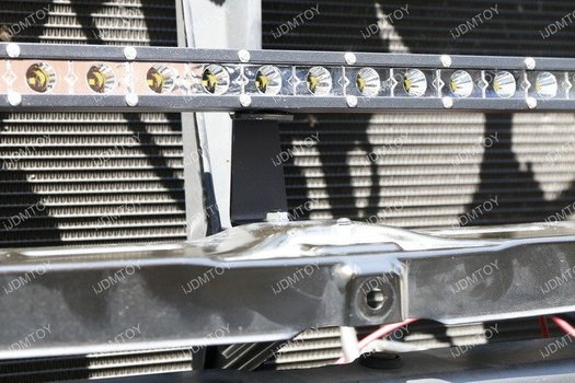 Image 7399 from Install the iJDMTOY LED Light Bar on a 2014-up Toyota Tundra
