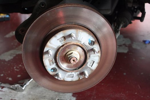 Image 7745 from Change the Front Brake Pads and Rotors on a 2003-2006 Kia Sorento
