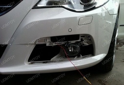 Image 8288 from Install the Switchback LED DRL Assy on a Volkswagen CC
