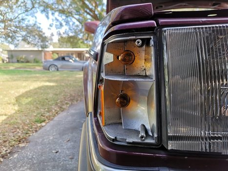 Image 8368 from Replace the Blinker or Side Marker Bulbs on a Volvo 240
