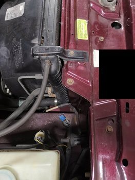 Image 8409 from Replace the Radiator on a Volvo 240