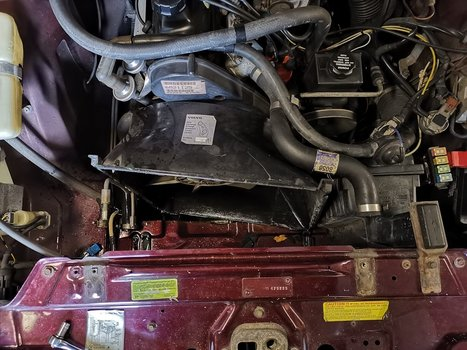 Image 8427 from Replace the Radiator on a Volvo 240