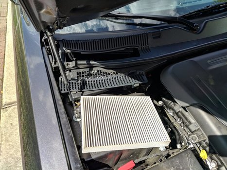 Image 8547 from Change the Cabin Air Filter on a 2011 Dodge Challenger