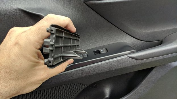 Image 8827 from Change the Cabin Air Filter on a 2017-up Toyota Camry