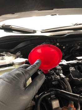 Image 8942 from Change the Oil on a 2016 Honda Civic Ex- T